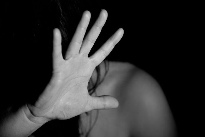 Stargard: Bił matkę i groził jej śmiercią. 25 - latek stanie przed sądem