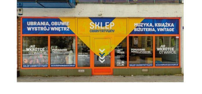 Pomaganie przez kupowanie. Pierwszy sklep charytatywny w Szczecinie