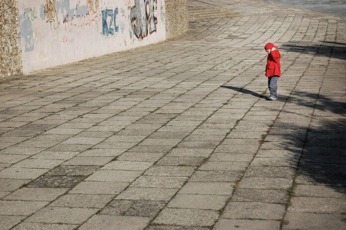 Polska nie wyda dziecka ojcu skazanemu za handel narkotykami. Sprawą zajmie się SN